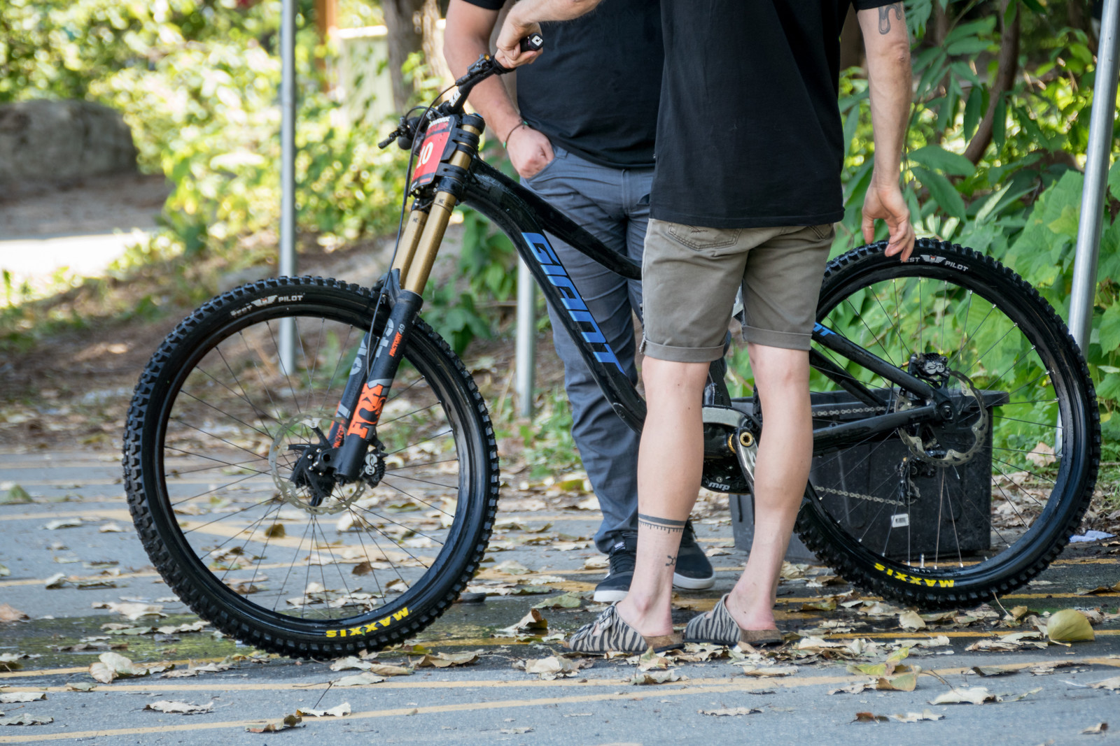 Prototype Giant Glory 29er - PIT BITS - 2019 Crankworx Whistler Bikes and Tech - Mountain Biking Pictures - Vital MTB