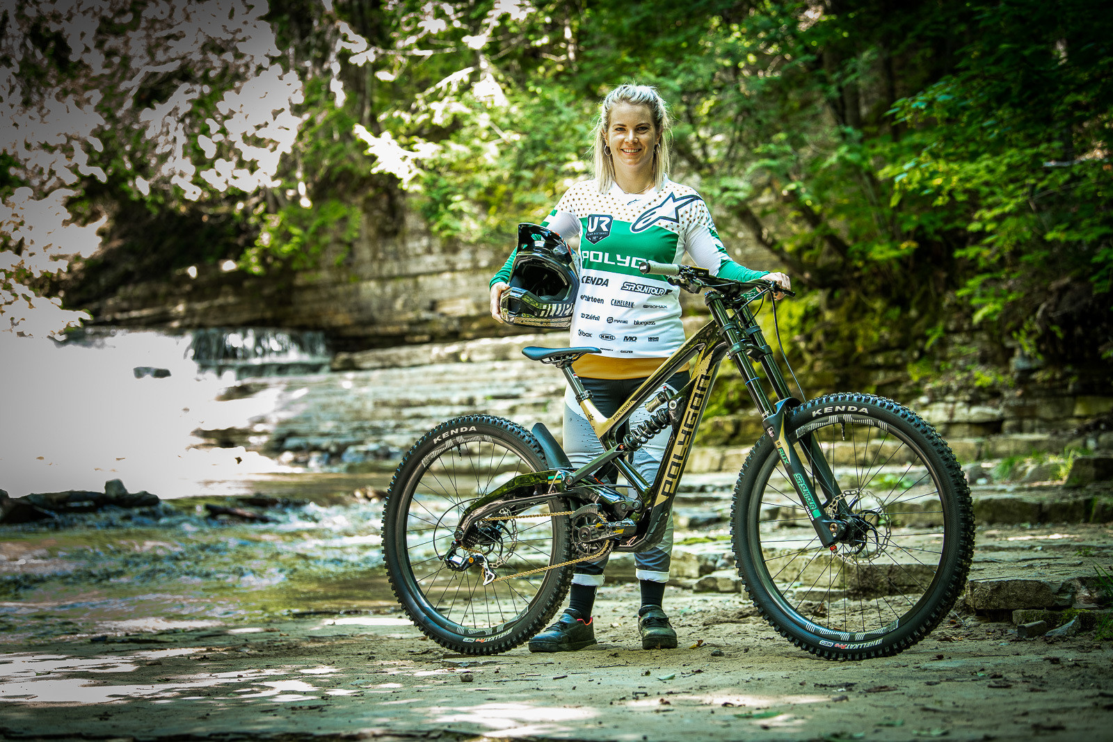 Tracey Hannah with her World Champs Polygon DH Race Bike - Tracey and Mick Hannah's World Champs Polygon DH Race Bikes - Mountain Biking Pictures - Vital MTB
