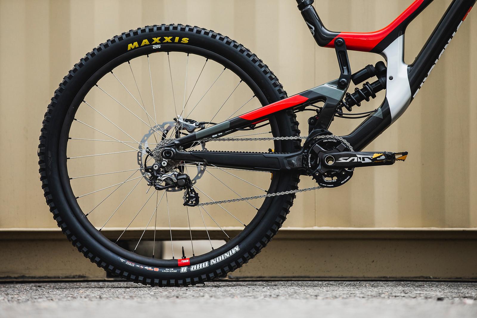 Loris' Santa Cruz V10 for Worlds - Santa Cruz Syndicate 2019 World Championships Race Bikes - Mountain Biking Pictures - Vital MTB