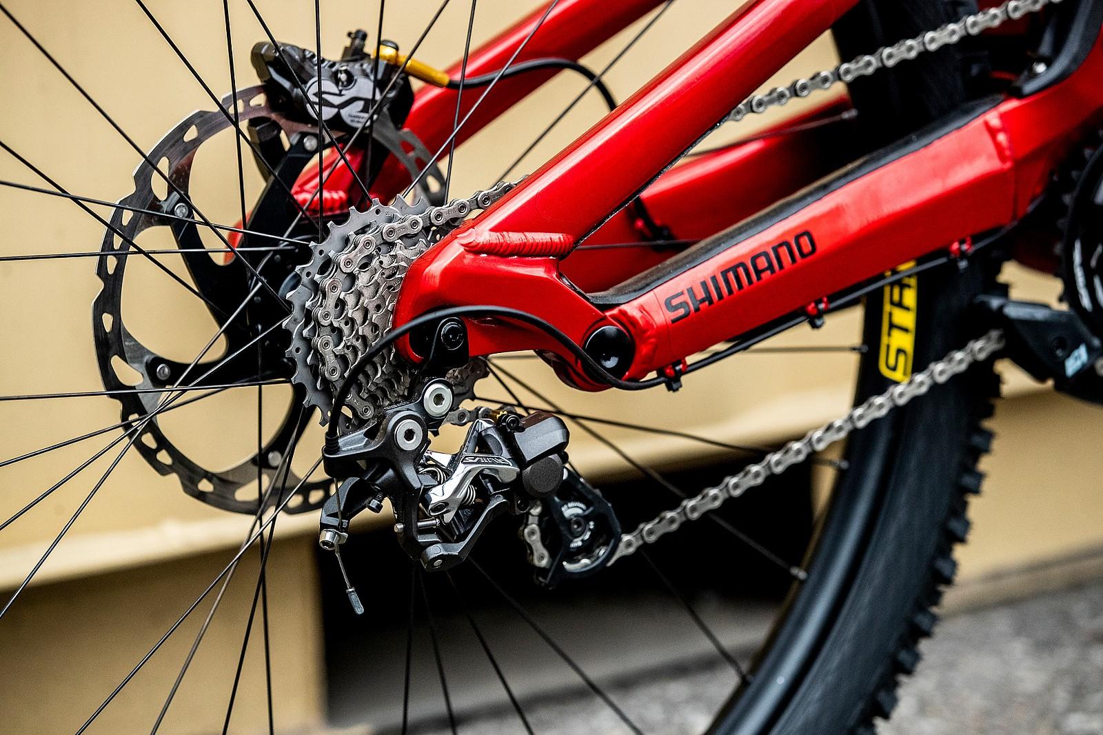 Shimano Saint Drivetrain - GT Bicycles World Championships DH Race Bikes - Mountain Biking Pictures - Vital MTB