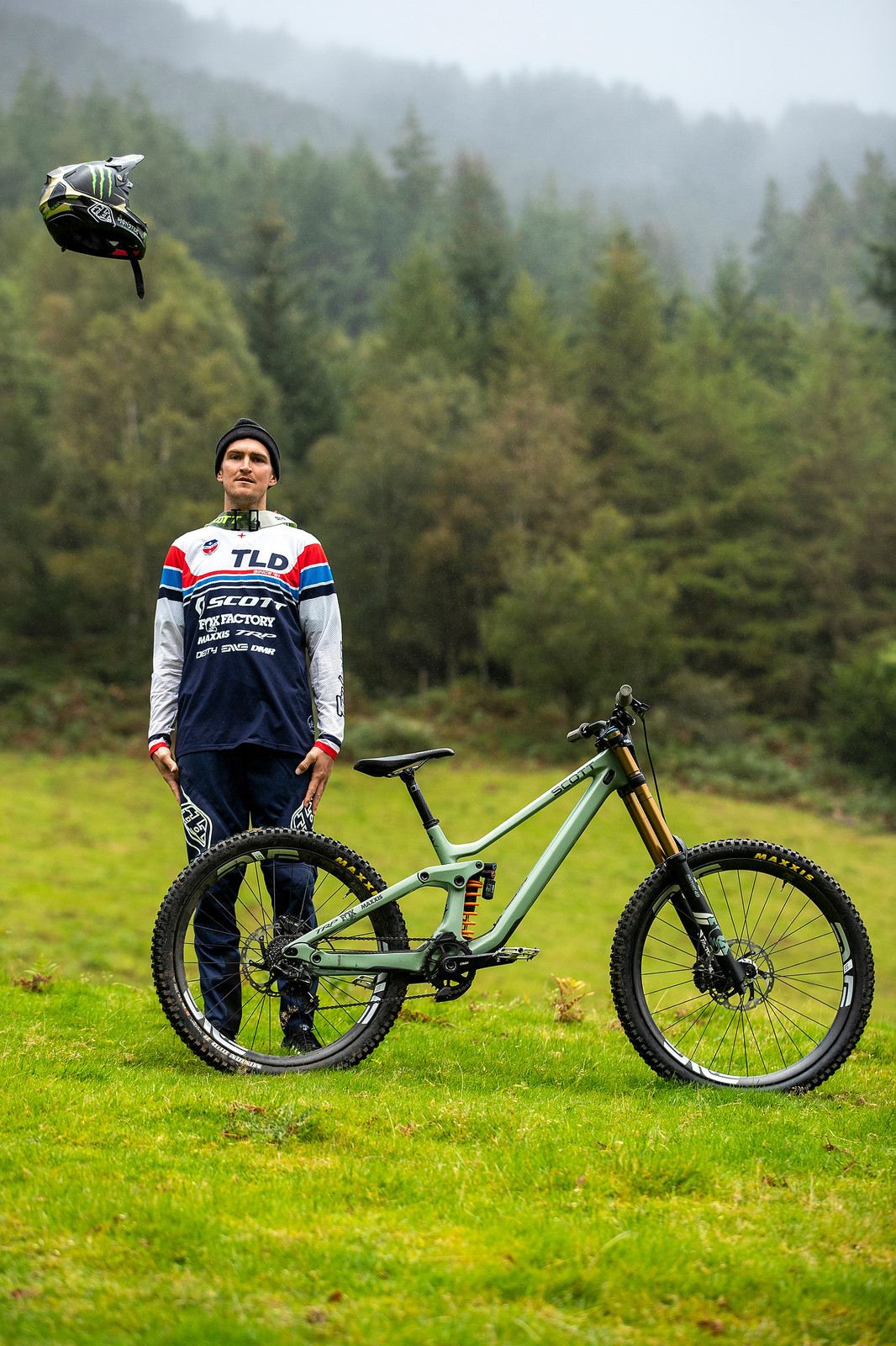 Brendan Fairclough with his Scott Gambler - The Bikes of Red Bull Hardline - Mountain Biking Pictures - Vital MTB
