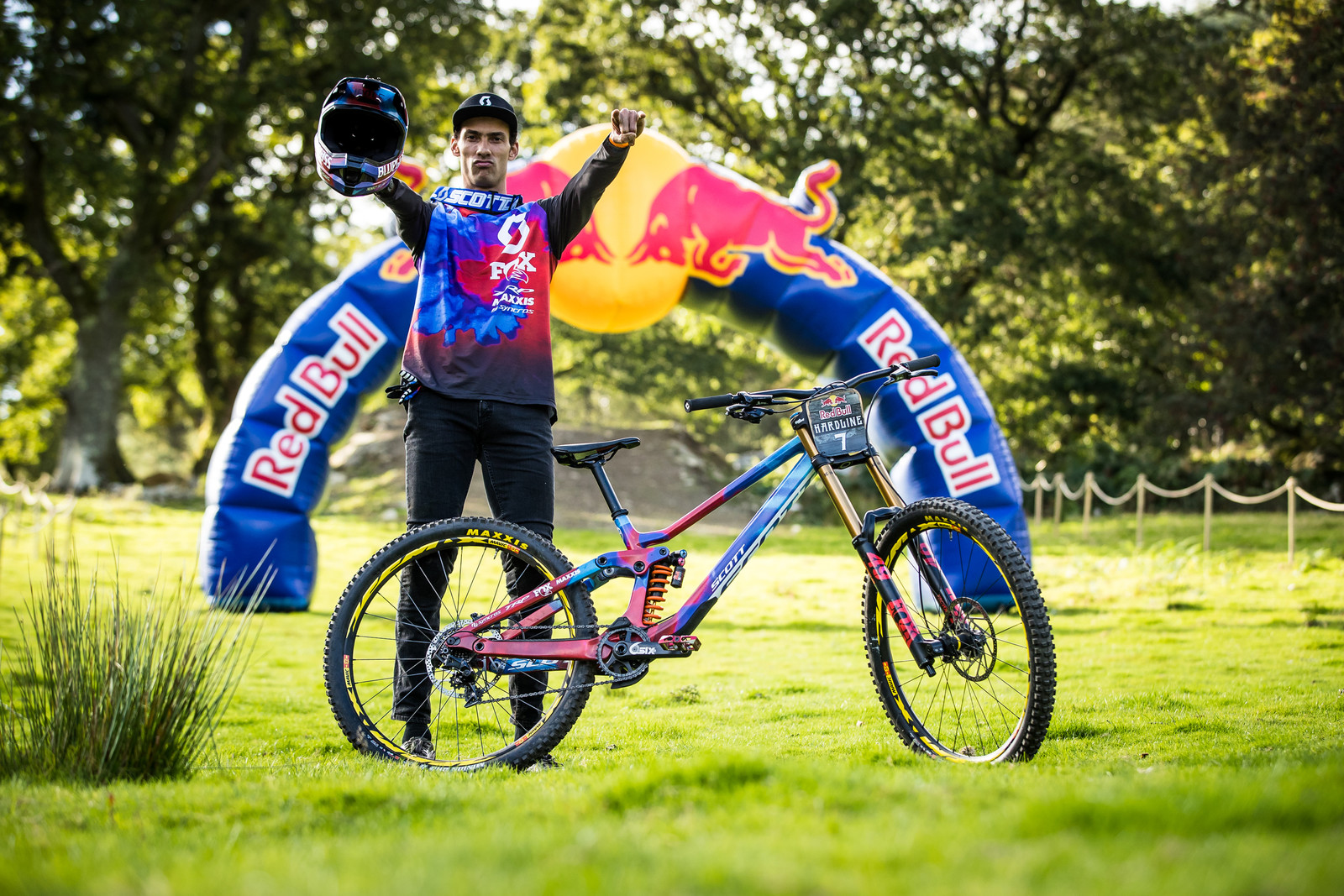 Florent Payet with his Scott Gambler - The Bikes of Red Bull Hardline - Mountain Biking Pictures - Vital MTB