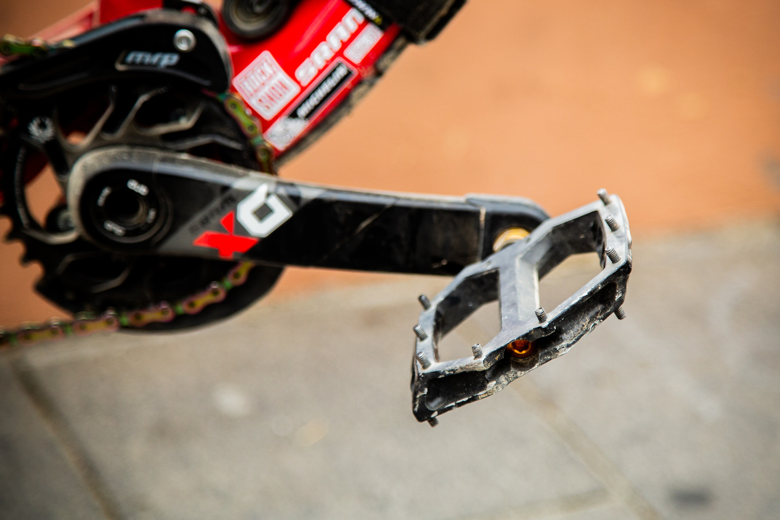 Keeping Flat Pedal Dreams Alive - PIT BITS - Enduro Trophy of Nations - Mountain Biking Pictures - Vital MTB