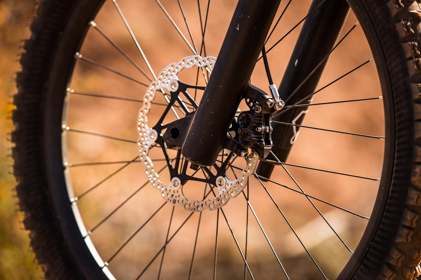 Hope Tech V4 Brakes on Andreu Lacondeguy's YT TUES at Rampage 2019 - RAMPAGE BIKE - Andreu Lacondeguy's YT TUES - Mountain Biking Pictures - Vital MTB