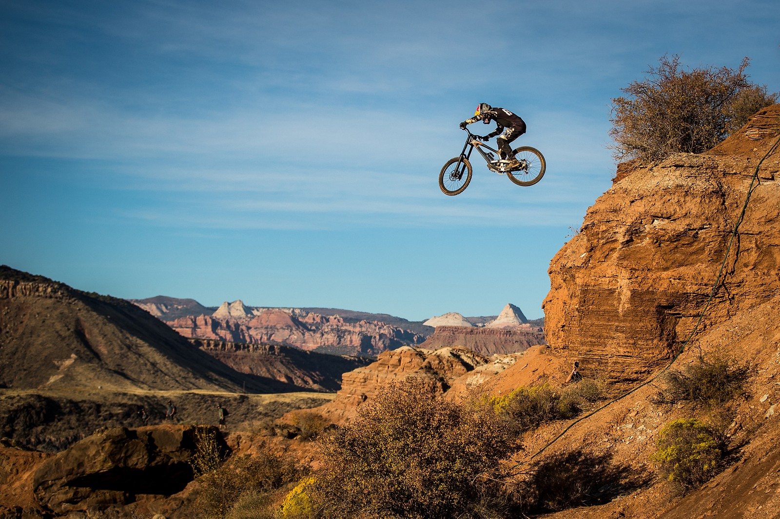 Riding and Digging at the 2019 Red Bull Rampage - Riding and Digging at the 2019 Red Bull Rampage - Mountain Biking Pictures - Vital MTB