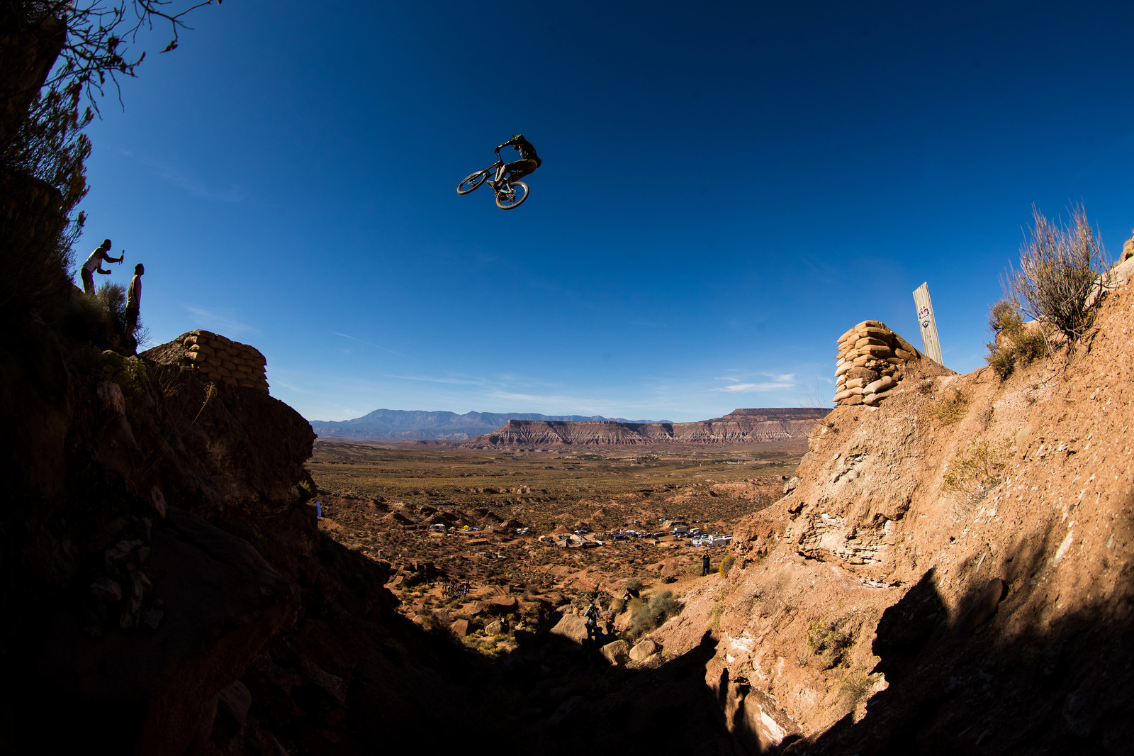 Fairclough's Canyon Gap at Red Bull Rampage 2019 - @maddogboris Photos - Final Red Bull Rampage Practice Session - Mountain Biking Pictures - Vital MTB