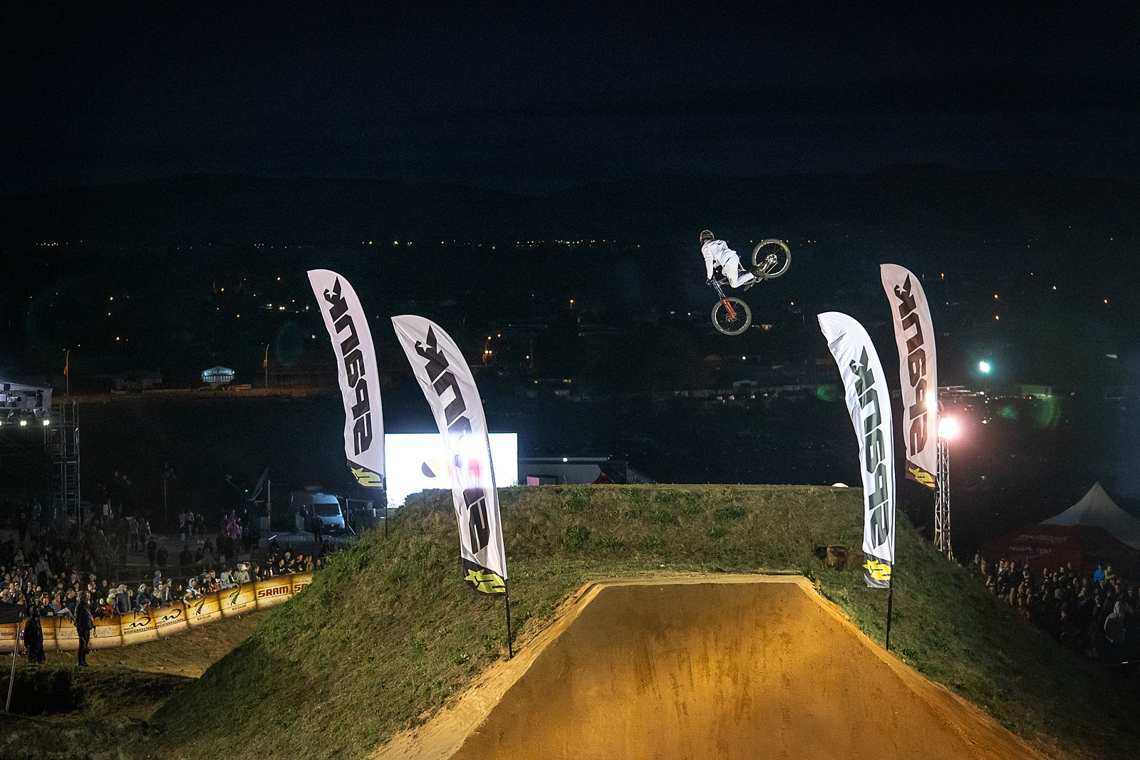 Crankworx NZ Whipoff 2020 - Crankworx New Zealand Whip-Off Photo Gallery - Mountain Biking Pictures - Vital MTB