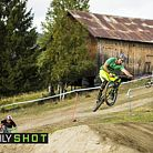 Has-Beens vs. Wannabes! Industry World Champs Race at Hafjell
