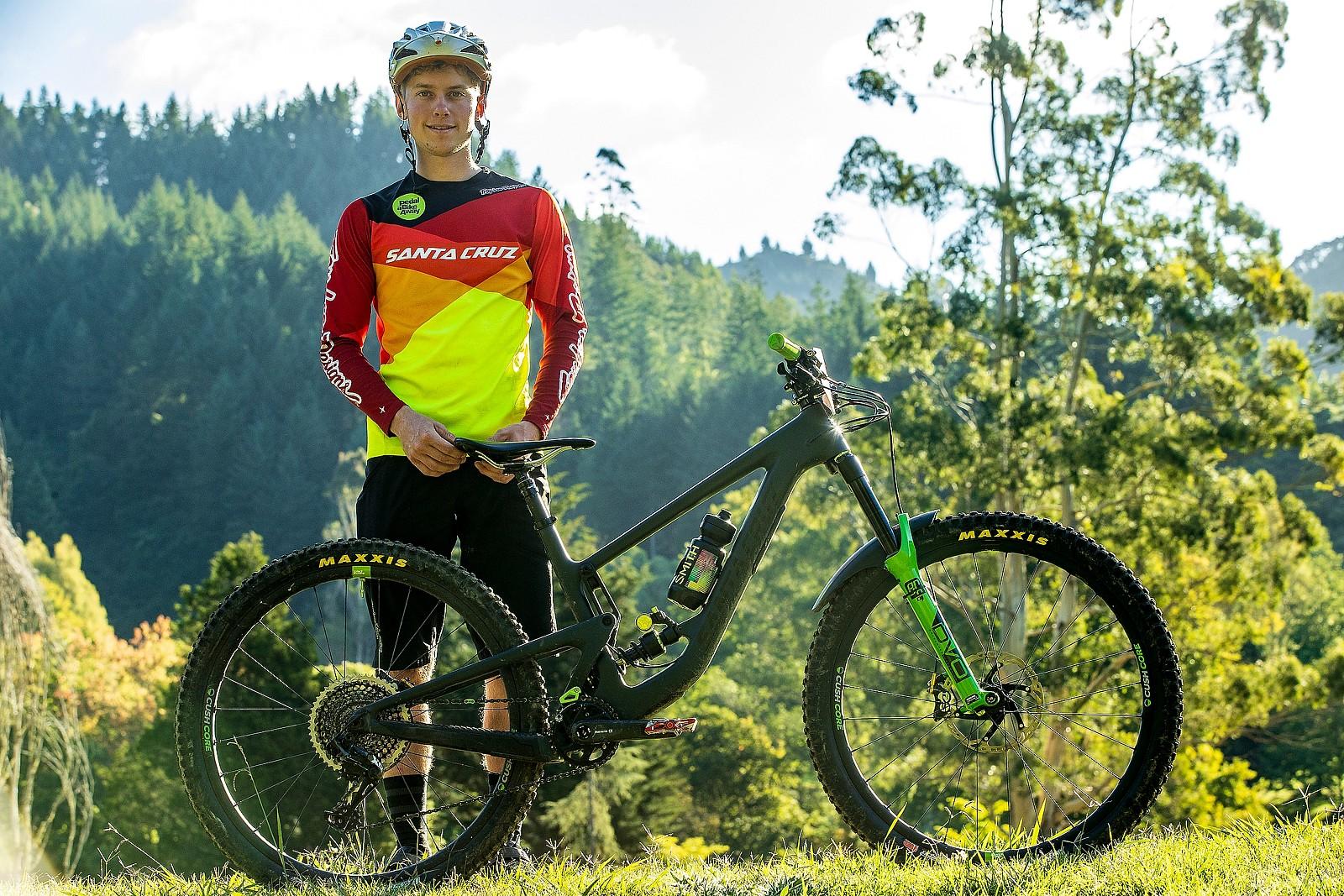 WINNING BIKE - Brady Stone's Santa Cruz Megatower - WINNING BIKE - Brady Stone's Santa Cruz Megatower - Mountain Biking Pictures - Vital MTB