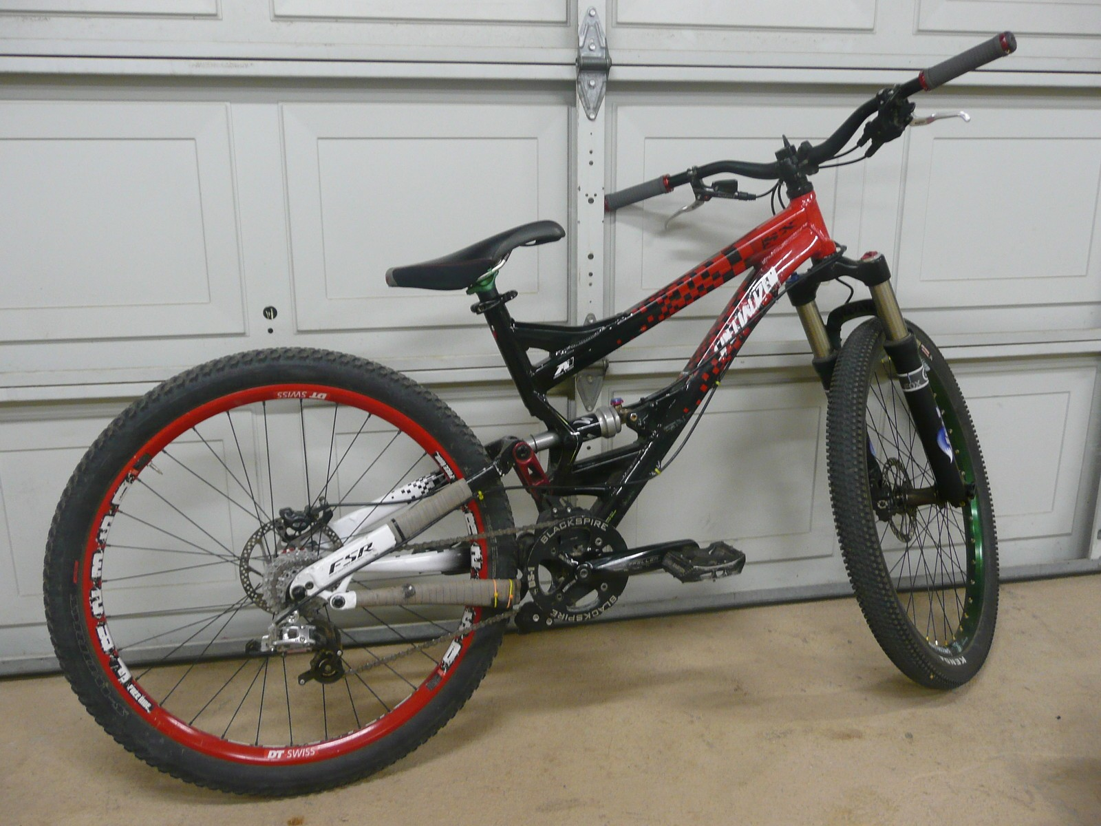 Kevinridesfelt's Specialized SX - Awesome Late-Model Specialized Bikes - Vital Member Builds - Mountain Biking Pictures - Vital MTB