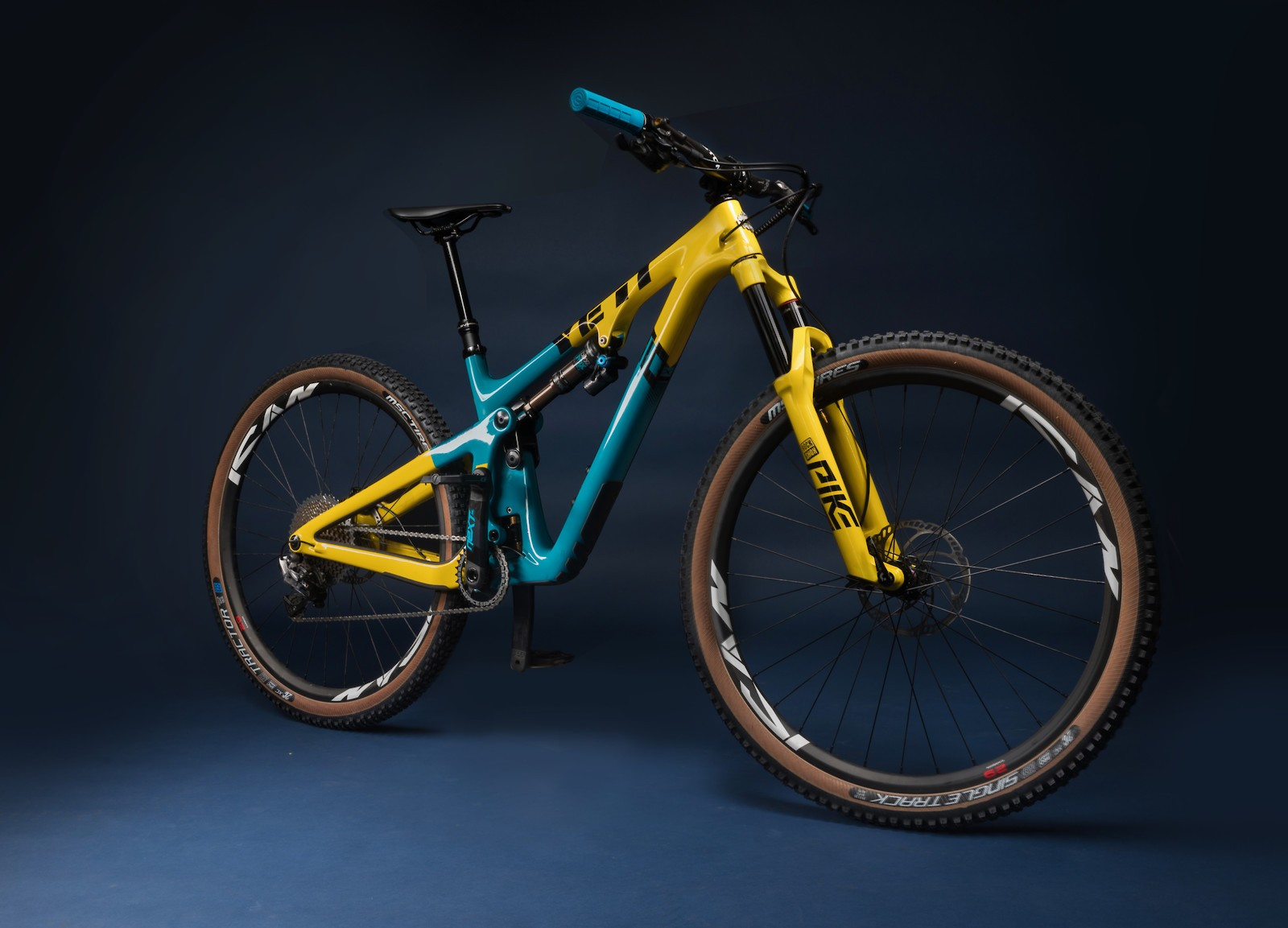Yeti Cycles Dream Builds from Vital MTB Members - Yeti Bikes Dream Builds from Vital MTB Members - Mountain Biking Pictures - Vital MTB