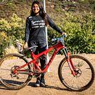 Pro Bike: Kialani Hines' Pivot Mach 5.5 Slalom Bike
