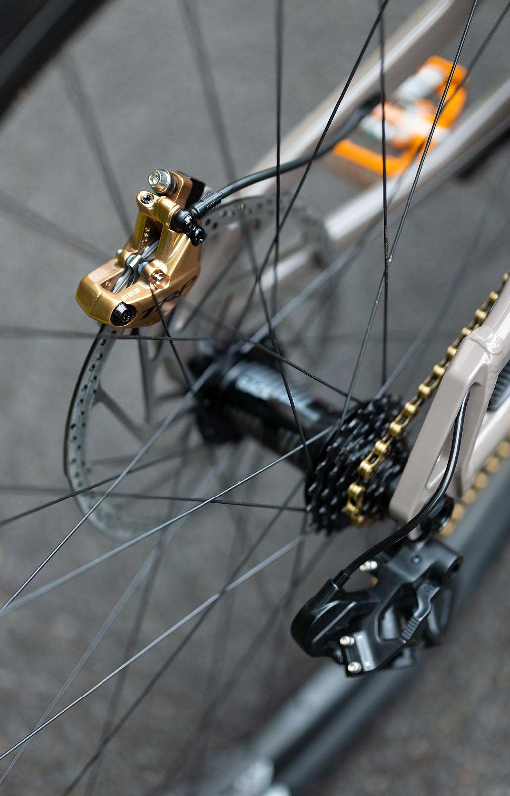 Blinging TRP Brakes - WORLD CHAMPS BIKE - Commencal / 100% - Mountain Biking Pictures - Vital MTB