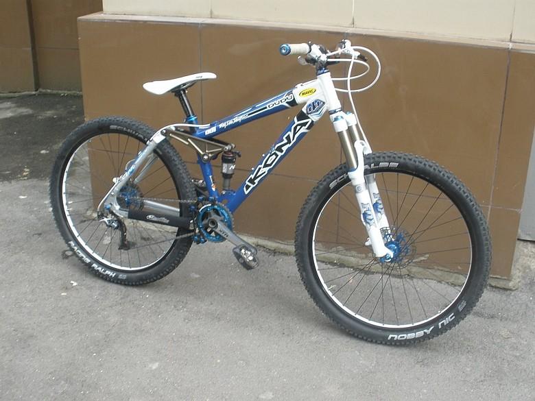 maxxis's 2000 Kona DuDu