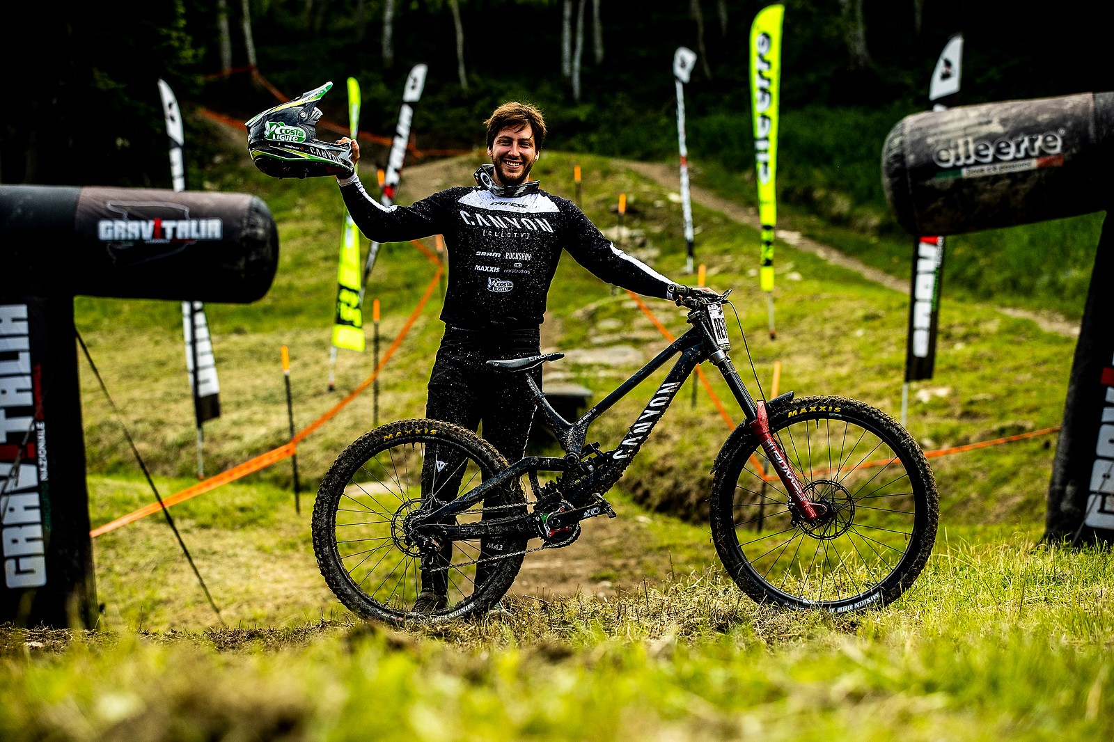 Loris Revelli With His Canyon Sender - Winner of Viola National DH - Loris Revelli's Canyon Sender with O-Chain - Mountain Biking Pictures - Vital MTB