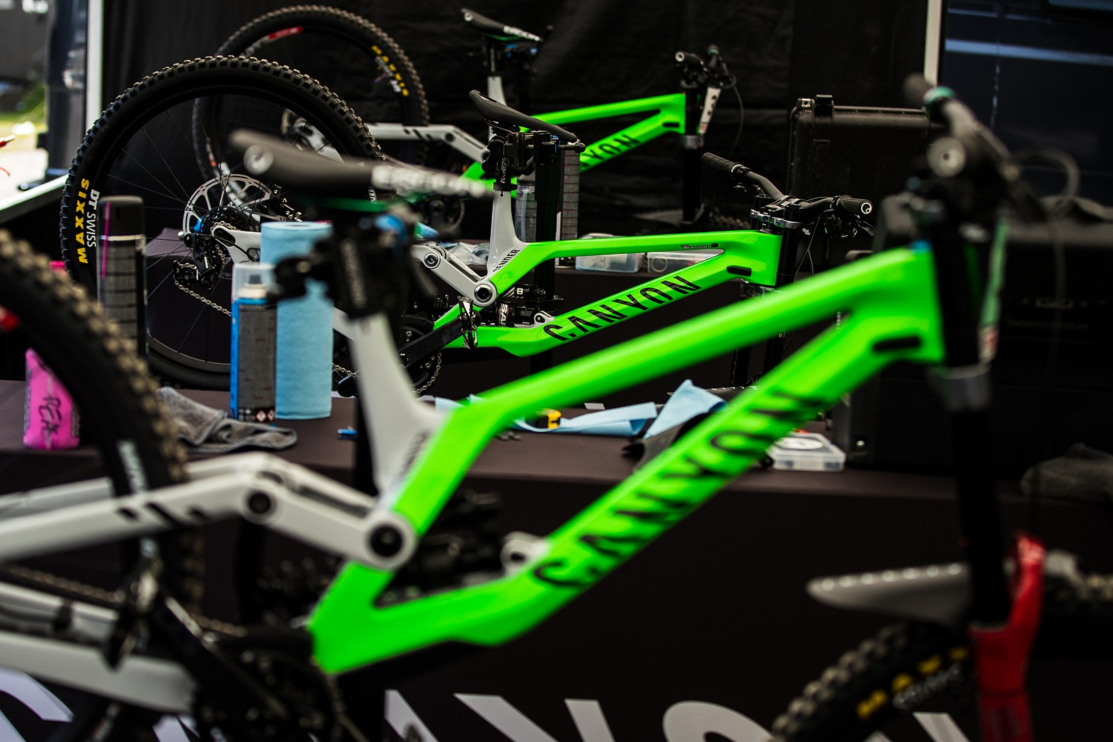Canyon Pits - PIT BITS - Leogang World Cup Downhill 2021 - Mountain Biking Pictures - Vital MTB