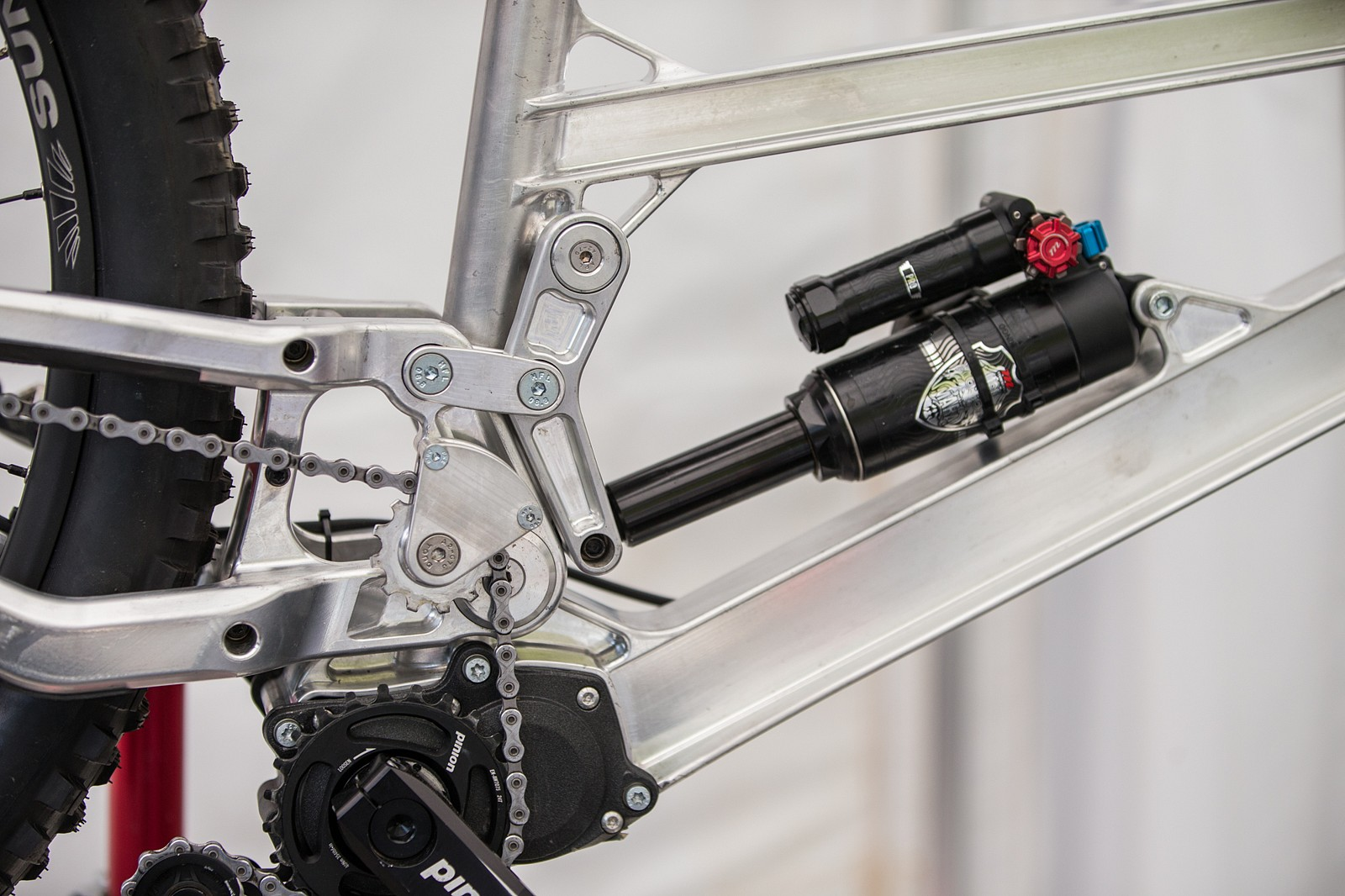 PIT BITS - Lenzerheide World Cup DH - Updated Gamux Prototype - PIT BITS - Lenzerheide World Cup DH - Mountain Biking Pictures - Vital MTB