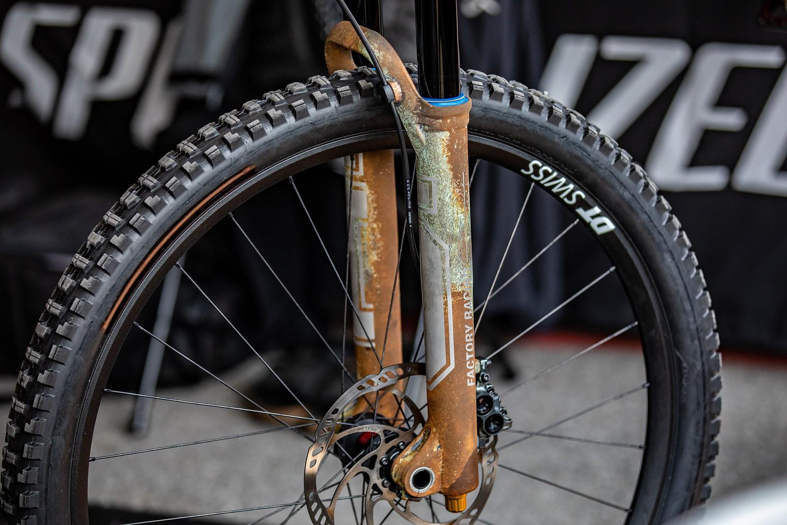 Loic's rust bike - PIT BITS 2 - Snowshoe World Cup Downhill - Mountain Biking Pictures - Vital MTB
