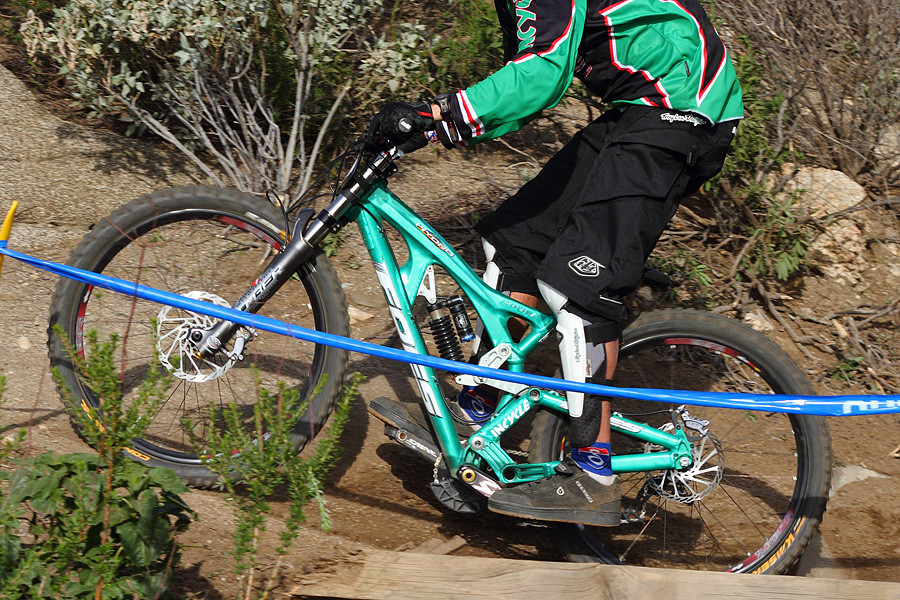 Foes Hydro - G-Out Project: Fontana - Mountain Biking Pictures - Vital MTB