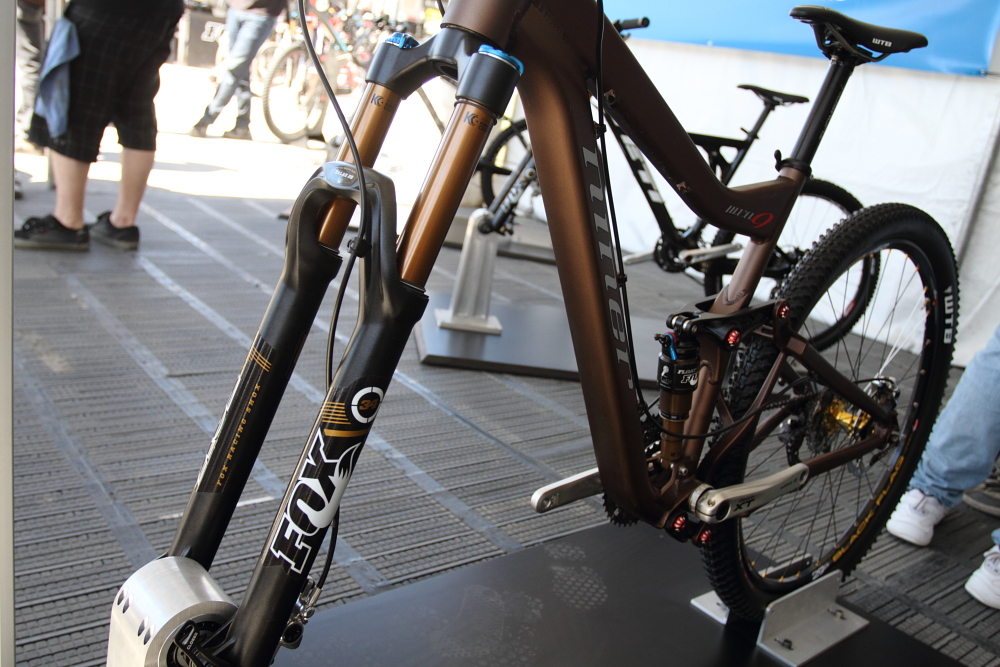 Drag Racing Helmets >> Fox Racing Shox 34 29er Fork - Sea Otter Pit Bits from gordo, Day 2 - Mountain Biking Pictures ...