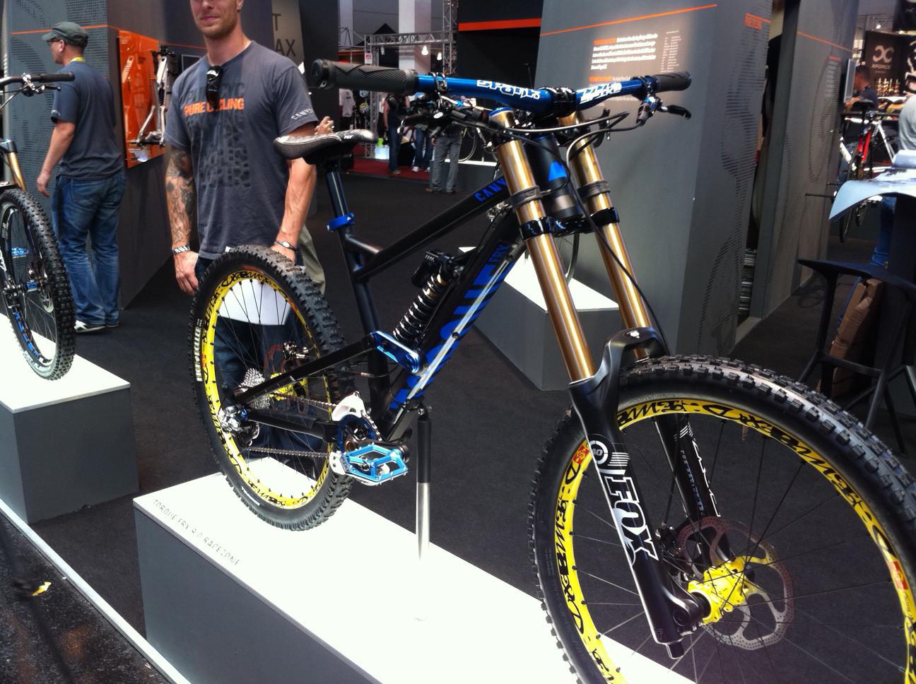 Canyon Torque FRX 9.0 Race Zone - Eurobike 2011 - Mountain Biking Pictures - Vital MTB