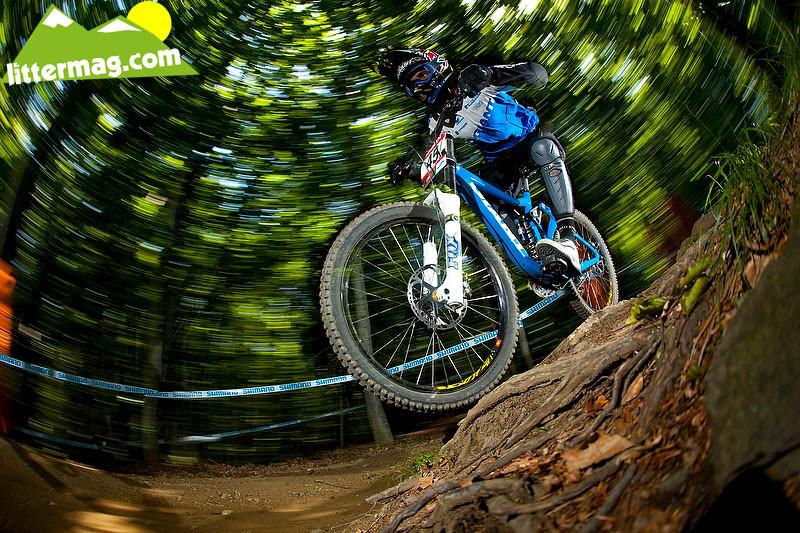 Jared Rando Blurring - 2009 UCI World Cup Maribor - Day 2 - Mountain Biking Pictures - Vital MTB