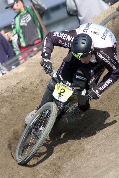 Cedric Gracia full flex - Sea Otter Classics, 2004 - Mountain Biking Pictures - Vital MTB