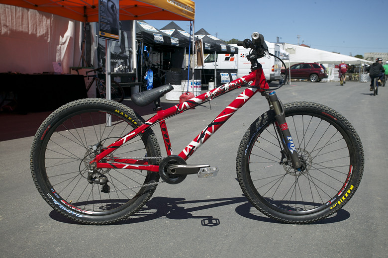 Aaron Chase's Custom Cannondale Hardtail - Sea Otter Classics, 2007 - Mountain Biking Pictures - Vital MTB