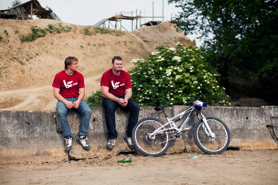Delfs and Rennie - Inside BOS Engineering - Mountain Biking Pictures - Vital MTB