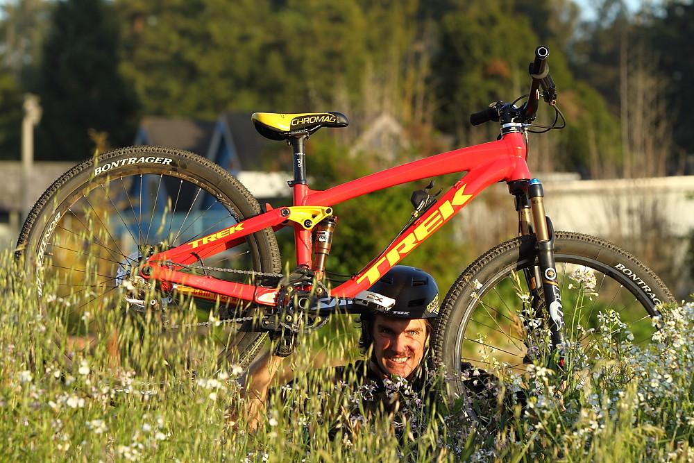 Sneak Peek, Cam McCaul's 2012 Slopestyle Bike - sspomer - Mountain Biking Pictures - Vital MTB