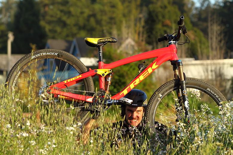 Sneak Peek, Cam McCaul's 2012 Slopestyle Bike