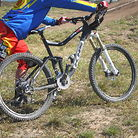Logan Binggeli's 650b bike
