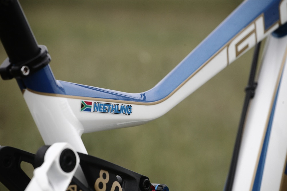 Neethling's DH Bike - Andrew Neethling's 2012 Giant Glory and Reign Bikes - Mountain Biking Pictures - Vital MTB