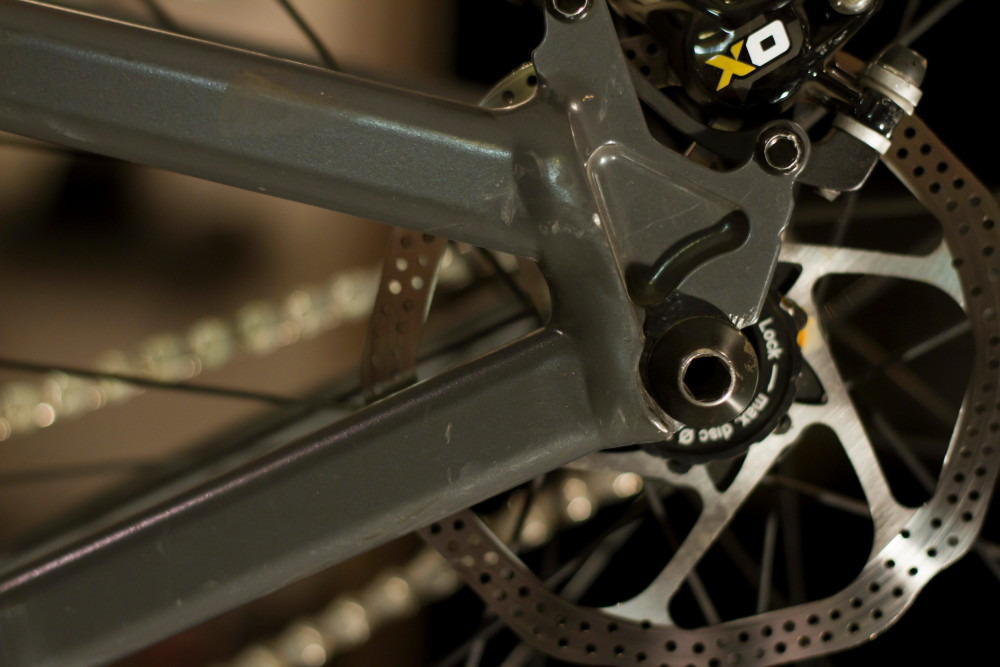 Avid XO Brakes with 140mm rotor - Aaron Chase's 2012 Cannondale Dirt Jump Hardtail - Mountain Biking Pictures - Vital MTB