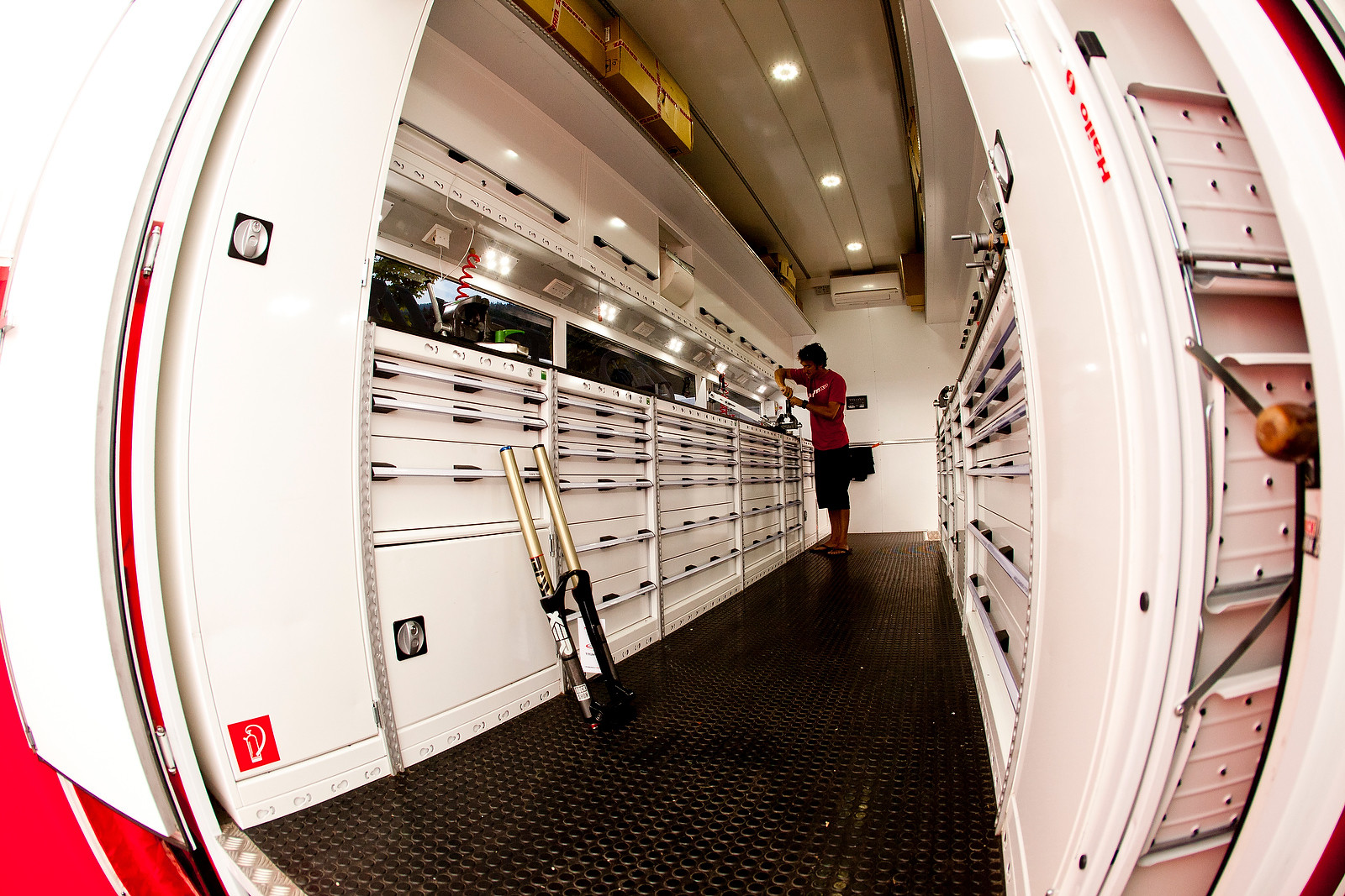 SRAM's Mobile Pit Space - 2012 UCI World Cup, Val di Sole Day 1 - Mountain Biking Pictures - Vital MTB
