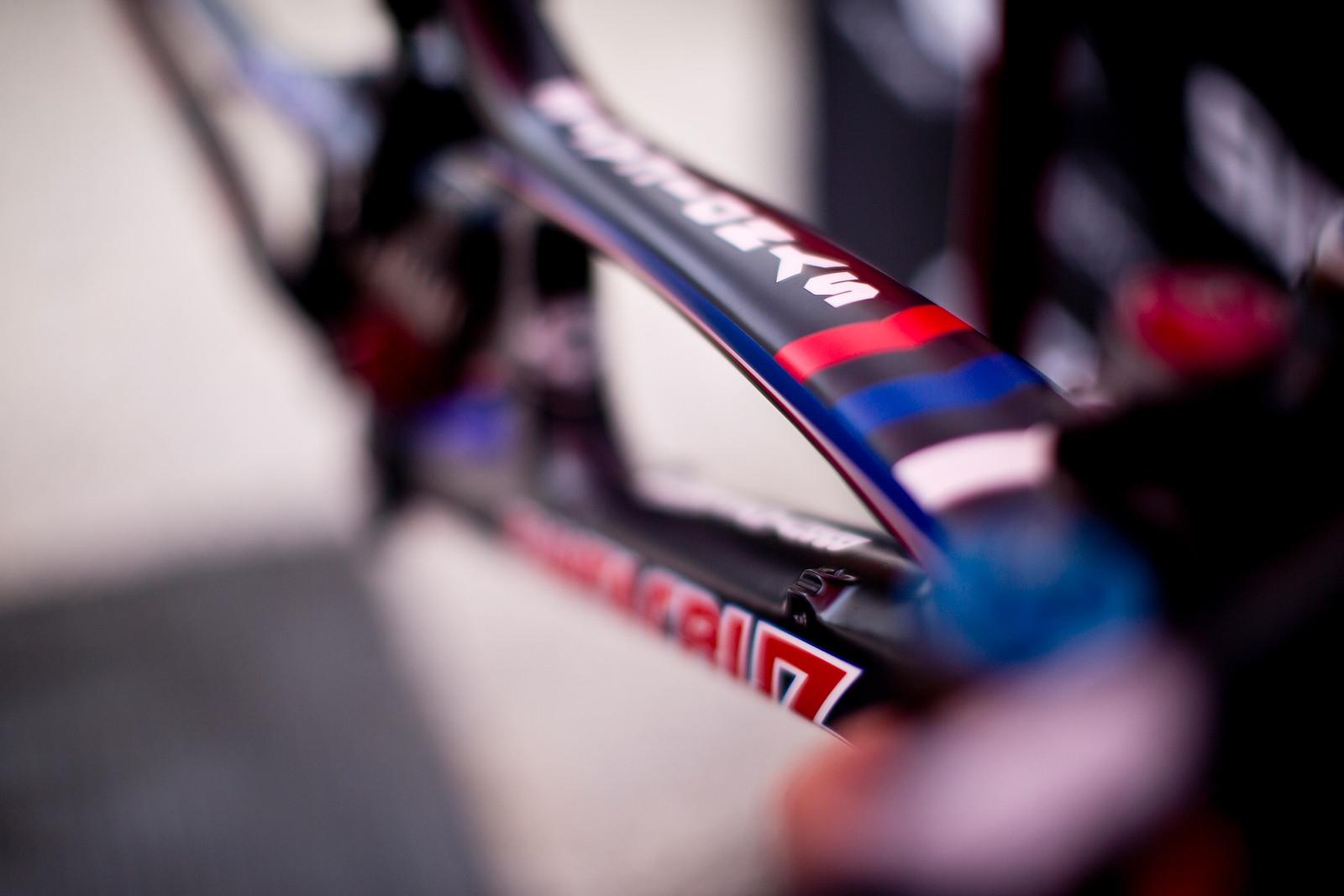 Josh Bryceland's World Champs Edition Santa Cruz V10c - New Kits and Gear for 2012 World Championships - Mountain Biking Pictures - Vital MTB