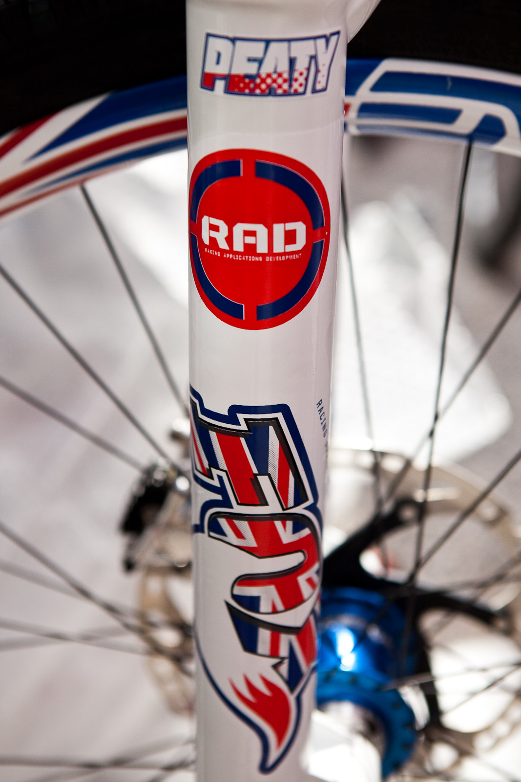 Steve Peat's Custom Fox Decals - New Kits and Gear for 2012 World Championships - Mountain Biking Pictures - Vital MTB