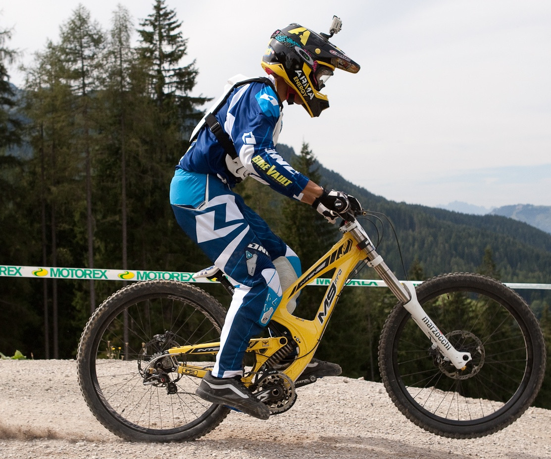 Austin Warren's Intense M9 Bottomed Out at Worlds - G-Out Project: WORLD CHAMPS IN LEOGANG! - Mountain Biking Pictures - Vital MTB