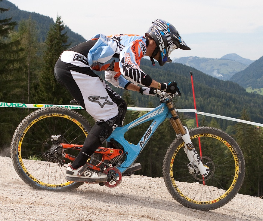 Intense M9 at Full Squish at World Champs - G-Out Project: WORLD CHAMPS IN LEOGANG! - Mountain Biking Pictures - Vital MTB
