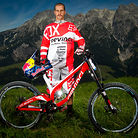 Steve Smith with his Devinci Wilson Carbon