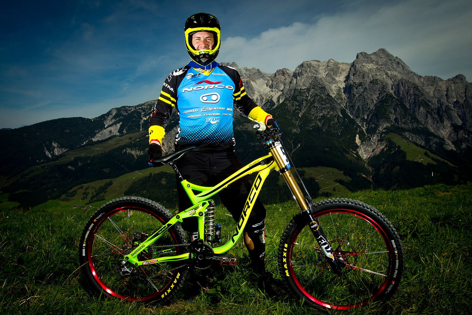 Bryn Atkinson with his Norco Aurum - World Championships Riders and Bikes - Mountain Biking Pictures - Vital MTB