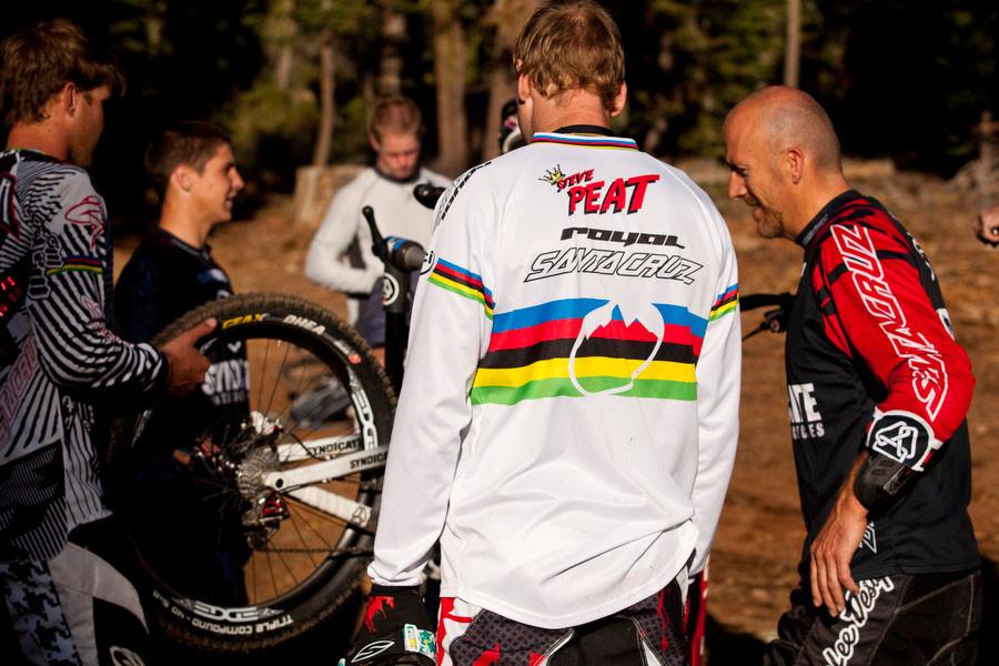 Peaty, Roskopp and Minnaar Check out the Edge Carbon Downhill Wheels - Edge Carbon Wheels on Santa Cruz Syndicate Bikes - Mountain Biking Pictures - Vital MTB