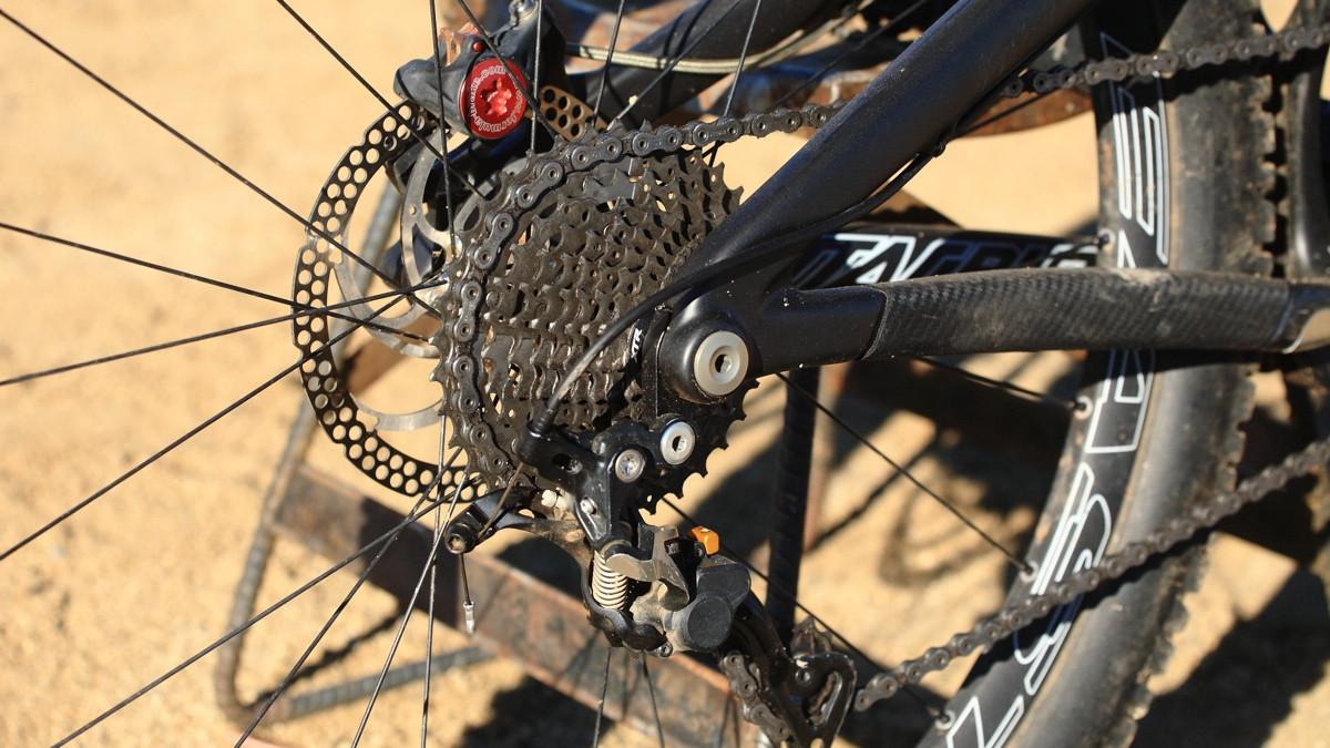 Rear Cluster - Santa Cruz Nomad Carbon with Prototype Fox Suspension - Mountain Biking Pictures - Vital MTB
