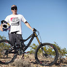 Pro Bike Check: Aaron Gwin's Specialized S-Works Demo 8