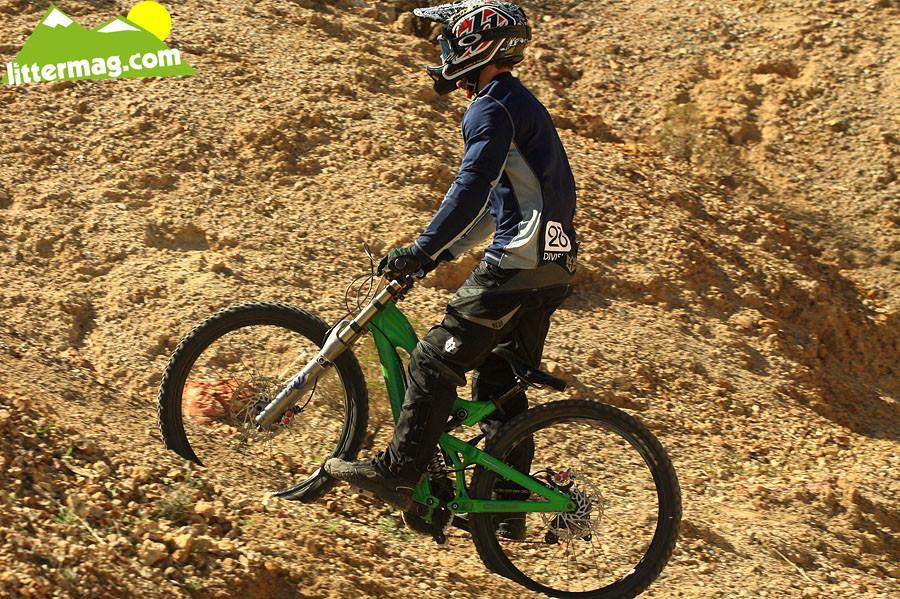 Santa Cruz V10 bottom out - G-Out Project: Bootleg Canyon - Mountain Biking Pictures - Vital MTB