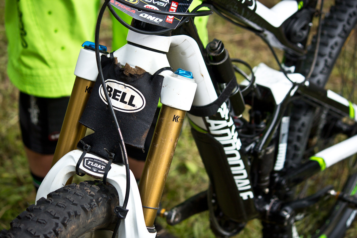 Bell Beer Coozie Fender on Jon Buckell's Cannondale Jekyll Carbon 1   - Even More Enduro Bikes from 2013 Hood River Oregon Enduro - Mountain Biking Pictures - Vital MTB