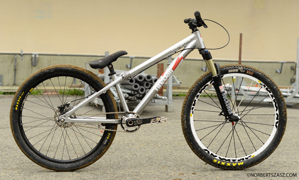 Amir Kabbani's 2013 Mongoose Fireball Dirt Jumper - Pro Bike Check