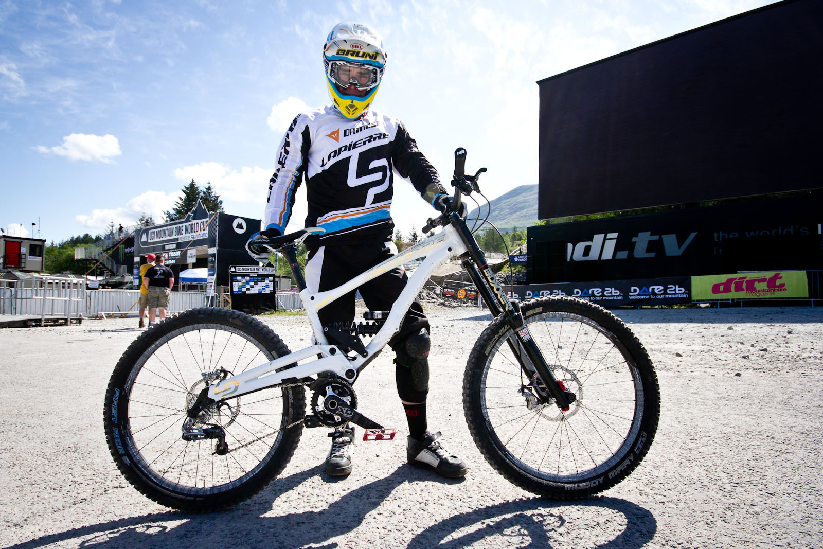 Loic Bruni's Lapierre DH V2 - 24 Pro DH BIkes from Fort William World Cup - Mountain Biking Pictures - Vital MTB