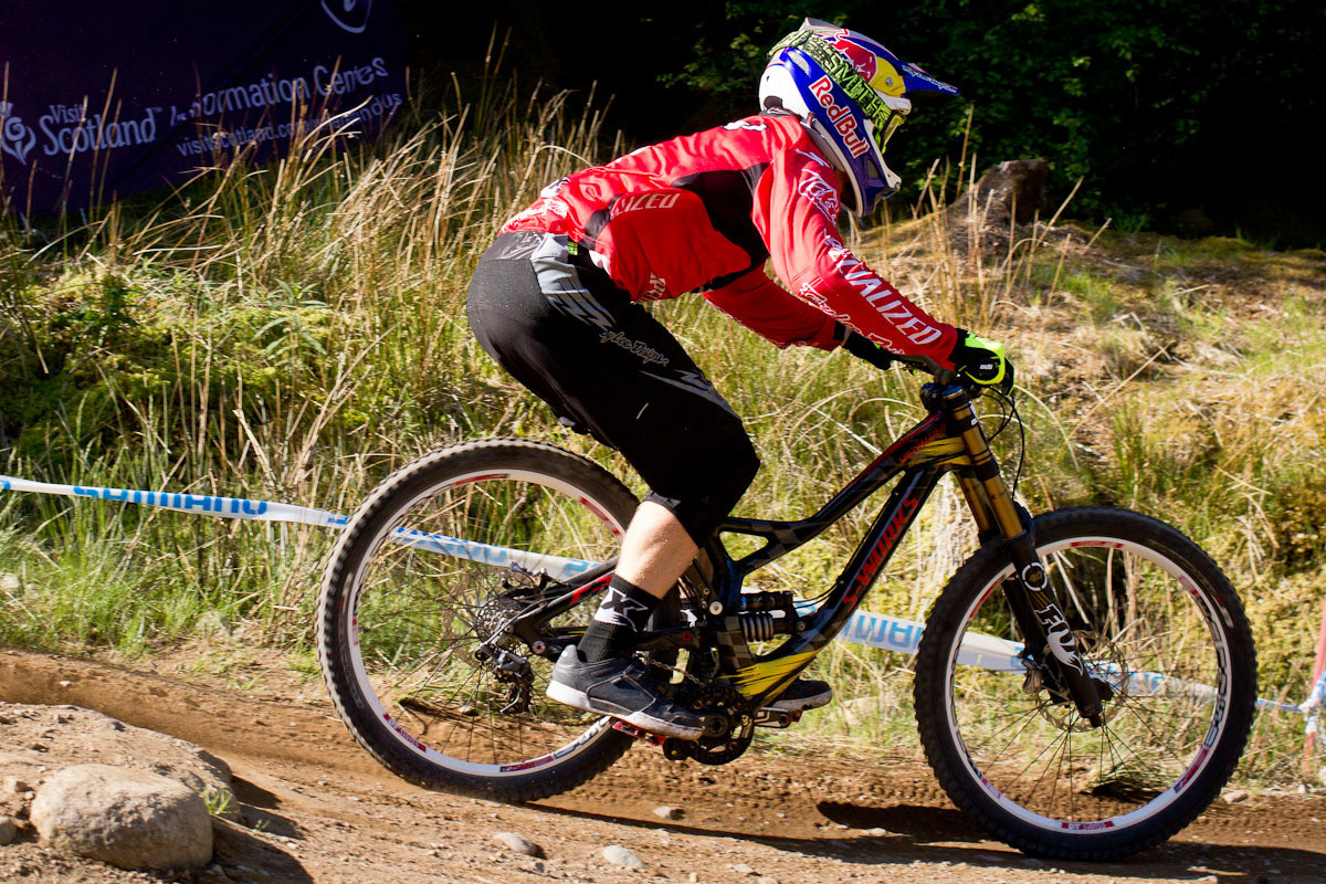 Aaron Gwin Specialized Demo 8 G-Out at Fort William - G-Out Project: Fort William Scotland World Cup - Mountain Biking Pictures - Vital MTB