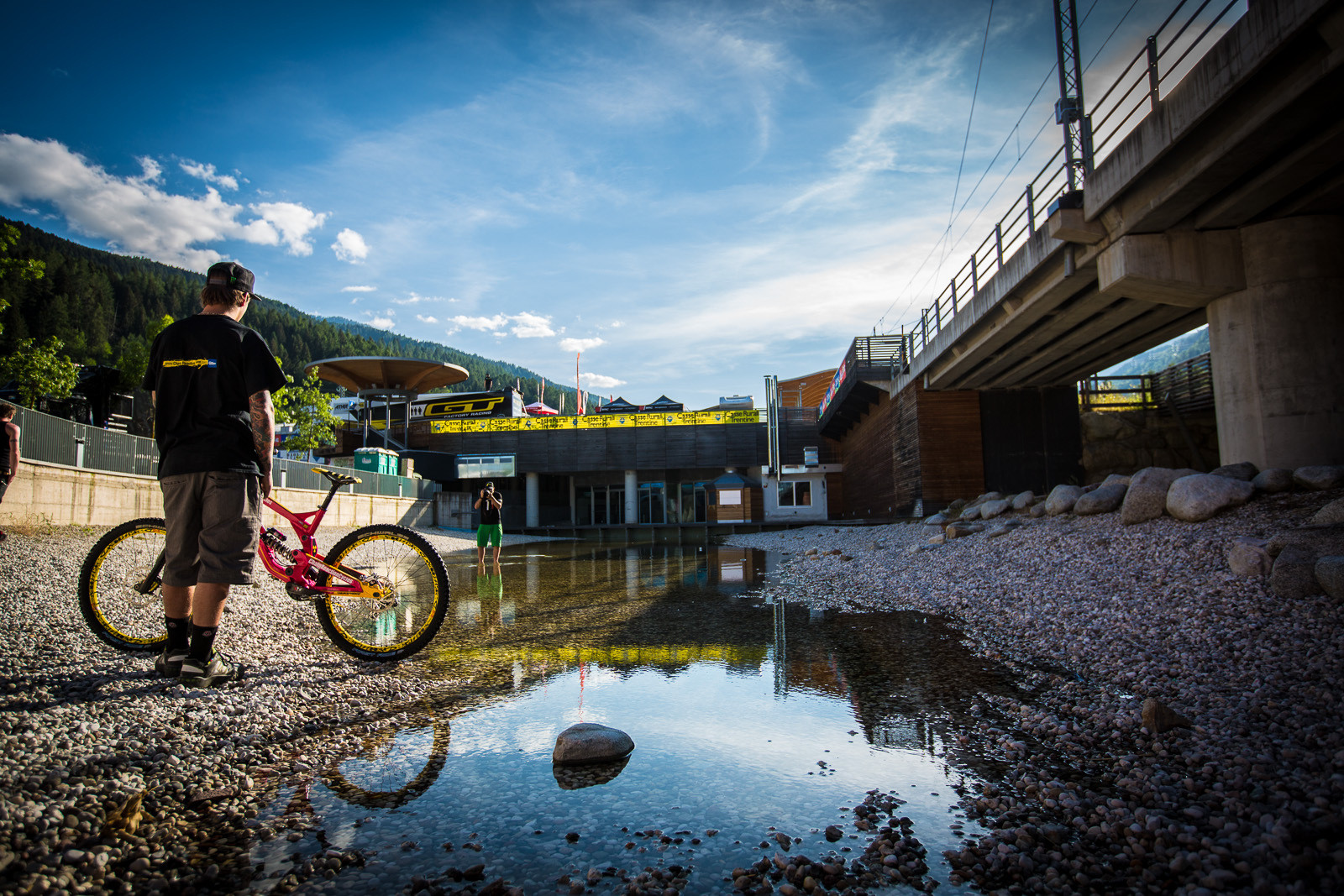 Shooting Sam Hill's Custom Pink Nukeproof Pulse - Pit Bits: 2013 Val di Sole World Cup - Mountain Biking Pictures - Vital MTB